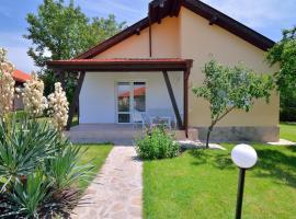 Sunny Hills Villas, Bryastovets