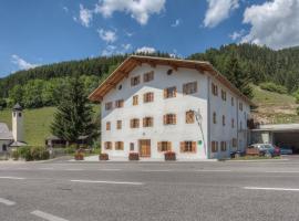 Exclusive Apartment Tassenbacherhof, Strassen