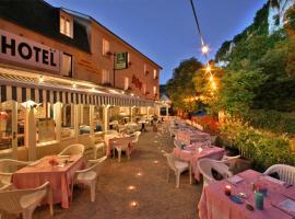 Hôtel Brasserie Lacave, Lacave
