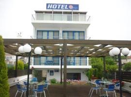 Hotel Dimitra, Tsoukalaíika