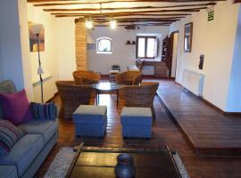 Casa San Andres Del Valle, Estollo