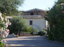 Li Seddi Country House, Badesi