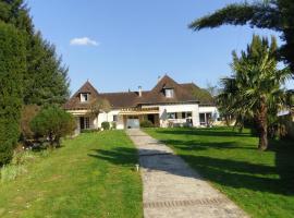 Le Saleix, Donzenac