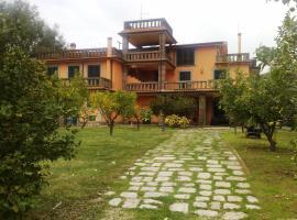 Colle di Maggio, Casale Fiammingo