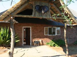 Ebony Lodge, Gwarriehoek
