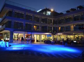 Hotel Belvedere, Torre dell'Orso