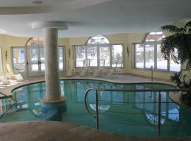 Hotel Canada, Pinzolo