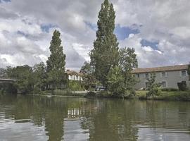 Logis Auberge De La Riviere, Velluire
