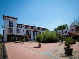 Aqua Hotel, Kistelek