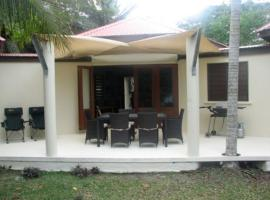 Angels Beachouse, Port Vila