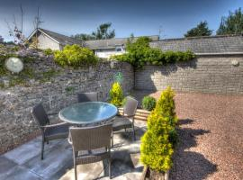 Stockwood Mews Apartments & Cottage, Cowbridge