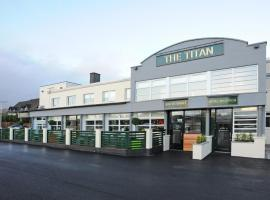 The Titan, Clydebank