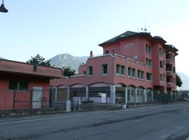 Hotel Total, Pisogne