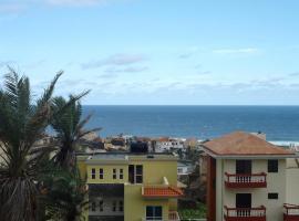 Casa Laranja / Orange House, Ponta do Sol