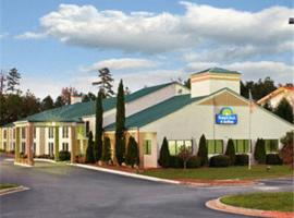 Days Inn and Suites Norcross, Norcross