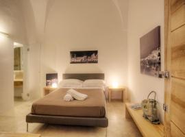 Capperi House, Lecce