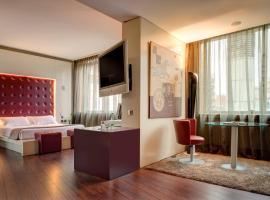 赫羅納卡勒芒尼酒店, 赫羅納