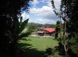 Little Earth Lodge, Whangarei