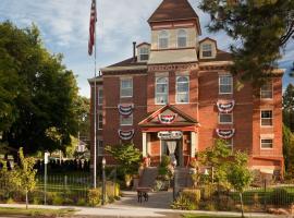 The Roosevelt Inn, 코들레인