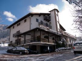 Hotel Ristorante Sassi Rossi, Taceno