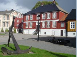 Lysko Gjestegård, Larvik