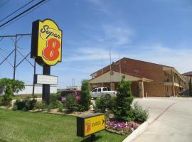 Super 8 Pleasanton, Pleasanton