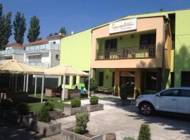 Hotel Cosmopolitan Senec, Senec