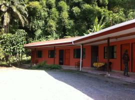 Cabinas Rocamar, Puerto Limón