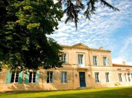 Chateau Rousselle, Saint-Ciers-de-Canesse