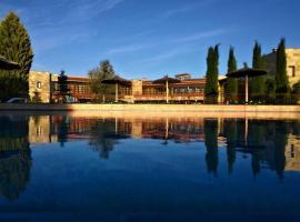 Villa Nazules Hípica Spa, Nambroca