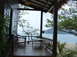 Bangbao Beach Resort, Ko Chang