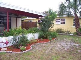 Maison Josée, Satellite Beach