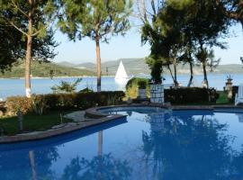 Villa Flisvos, Lygia