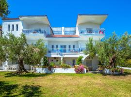 Faros Apartments, Possidi