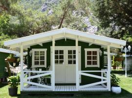 Lukkies Lodge Cirali, Cıralı