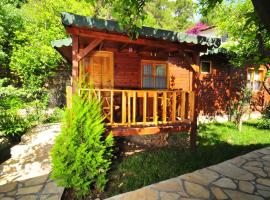 Ikiz Pension Bungalow, Cıralı