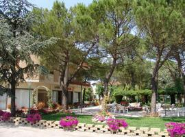 Hotel Ausonia, Monte Porzio