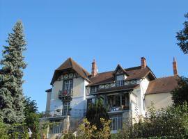 Chateau Beau Soleil, Thenay