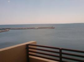 Ronda de Mar Ampolla, L'Ampolla