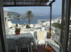 Casa Vacanze Magi - Appartamento Lilla, Ponza