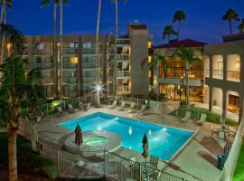 Best Western Plus Scottsdale Thunderbird Suites, Scottsdale