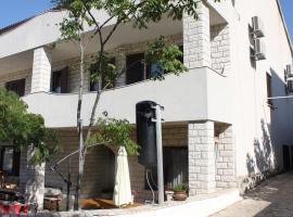 Apartments Lucija-Klara, Brodarica