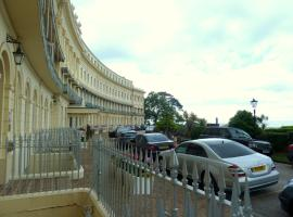 Hesketh Crescent Apartment, Torquay