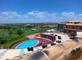Hotel Layos Golf, Layos