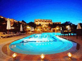 Crithoni's Paradise Hotel, Alinda
