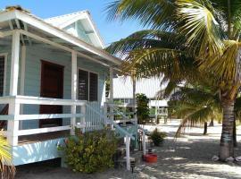 Village Inn, Placencia Village