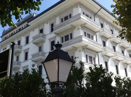 ホテル モンテカティーニ パレス