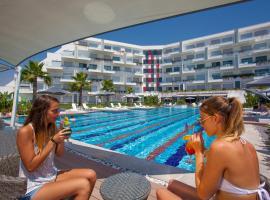 Q SPA Resort, Side
