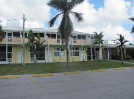 Captain's Table Lodge and Villas, Everglades City