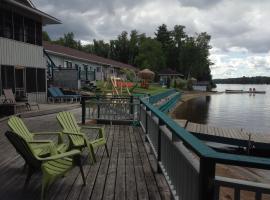 Algonquin Lakeside Inn, Dwight